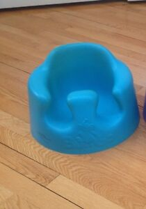 Bumbo baby chair / chaise bébé Bumbo