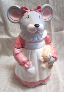 Vintage Cookie Jar, Mouse Holding a Teddy Bear