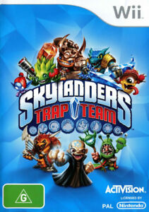 Skylanders trap team Wii game, figures and traps