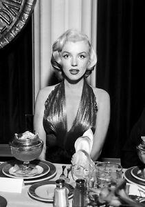 Sexy-Photo-8-25x11-75-Marilyn-Monroe-1953-movie-Gentlemen-Prefer-Blondes-007