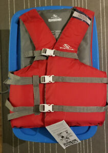 Brand NEW Stearns Adult Nylon Universal Vest, Red