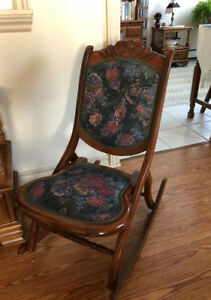 Folding Victorian Style Rocking Chair