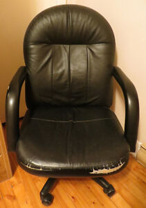 Used Office chair West Island Greater Montréal image 1