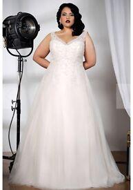 BRAND NEW - Sonsie plus size wedding dress - style 91502 - size 28 / street size 24-26