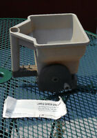 handy GARDEN SPREADER for seeds/fertilizer/salt