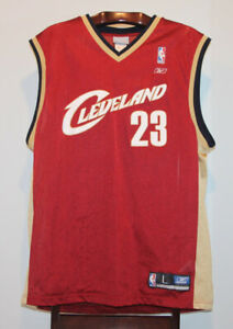 307ee3821ad REEBOK LEBRON JAMES CLEVELAND CAVALIERS ROAD BASKETBALL JERSEY L