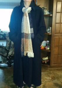 manteau pour femme en laine , grandeur XL