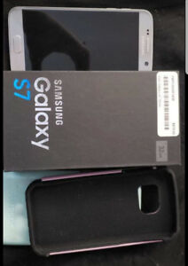 Samsung Galaxy S7 comes w/ 2 cases, charger in original box