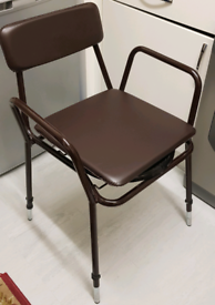 (UNUSED TOILET CHAIR) DRIVE ADJUSTABLE HEIGHT STACKING COMMODE - 181