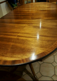 Beautiful Dining Room Table and 8 Chairs