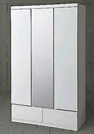 Wardrobe 3 doors & 2 Drawers white high-gloss and mirror