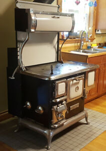 Elmira Sweetheart woodburning  cookstove. Winter is coming.