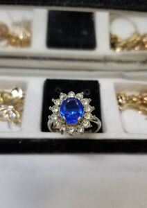 Princess' Diana engagement ring replica
