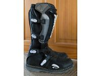 Forma Motor Cycle Boots Size 7