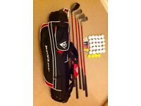 Dunlope Max Junior Golf Set with accessories