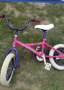Girls Bike(Size for 3-6 year old)