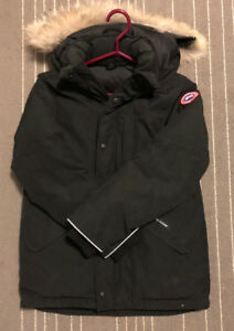 BRAND NEW CANADIAN GOOSE JACKET (BLACK)