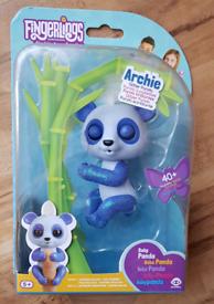 Fingerlings Interactive Glitter Baby Panda -ARCHIE NEW
