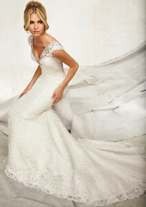 Angelina faccenda lace wedding dress