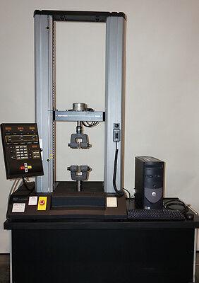 Instron 4465 Testing Machine