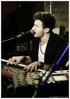 Italian Singer/Pianist/Performer Available For Events