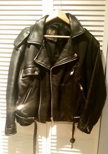 Motorcycle jacket for women