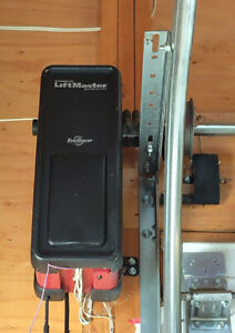 Garage Door Opener - Chamberlain LiftMaster Jackshaft 8500