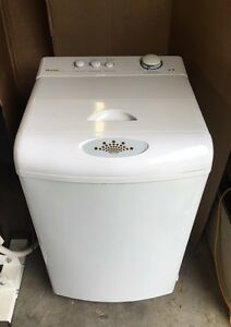 WHITE DANBY PORTABLE TOP LOADING WASHER