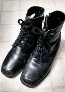 Leather boots, Size 7