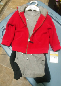 Carters 3 piece 12m outfit