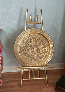 "Antique Middle East HAMMERED BRASS Ornate 23"" TRAY & Stand"