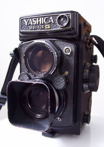 Appareil bi-objectifs Yashica Mat-124G format 6cm X 6cm