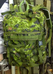 Canadian Forces Cadpat Small Pack System - Like New