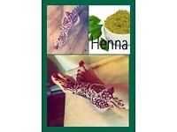Henna artist