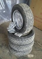 4-P215/70R16 Like new winter tires
