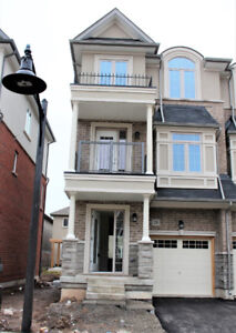 New Never lived Townhouse(END) for rent in waterdown, Hamilton,