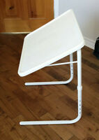 2 petites table Pliante - angle ajustables