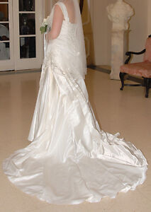 Essence of Austraila Wedding Dress