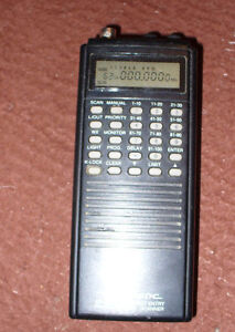 Realistic Handheld 100 Channel Portable scanner 1970s or 80s