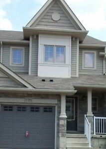 ***High End Townhouse for Rent****