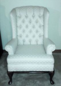 THREE PIECES: Victorian vintage style COUCH, LOVESEAT, CHAIR SET