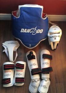 Équipement complet de taekwondo