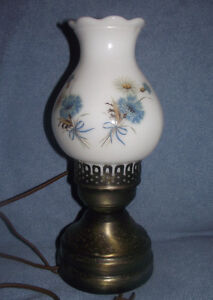 Electric Vintage Thistle Hurricane Lamp