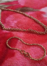 Christian Dior 80's vintage gold plated necklace +bracelet