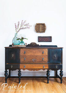 LARGE VINTAGE BUFFET | SIDEBOARD