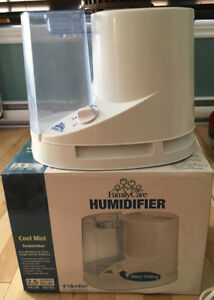 Humidificateur 2.5 gallons vapeur froide.