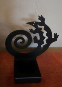 Leapin Lizard Tealight Holder by Partylight