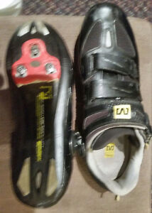 CYCLING SHOES MAVIC 9.5 WITH CLEATS TRIATHLON