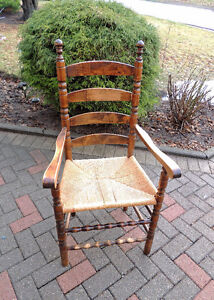 6 Dining chairs, Antique chairs, primitive, Amish, Mennonite.