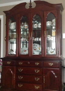 Dining room set Queen Anne style, solid cherry wood